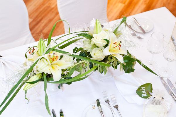 Langliche Tischdekoration Blumen Schroth Bad Durkheim