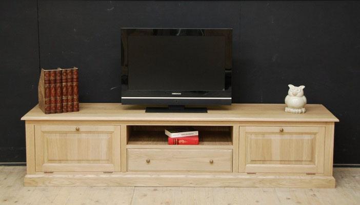 2. tv meubel