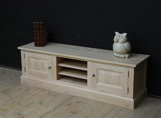4. tv meubel