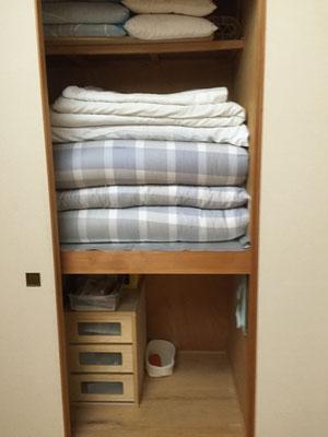 夫婦の寝具も新調しました!押し入れ下段は空きスペース