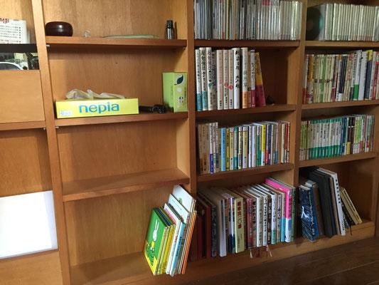 今まで仕舞いっぱなしになっていたCDはこれから夫が聴くようになるのですぐ使える場所に移動。本も厳選しました。