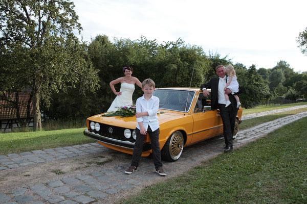 Hochzeitskutsche ein alter VW Polo