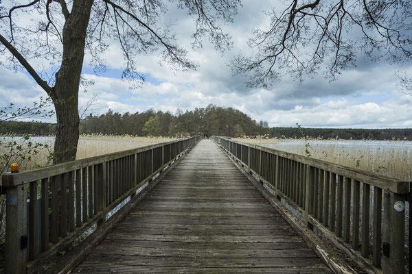 nur über diese Brücke kommt man auf die Herzinsel