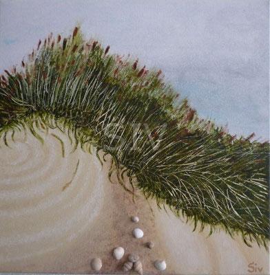 (*) Strand, 40x40 cm, Acryl, Schneckengehäuse und Muschelschalen auf Leinwand