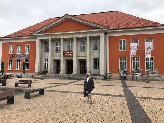 Kulturzentrum in Rathenow... vor der Vernissage