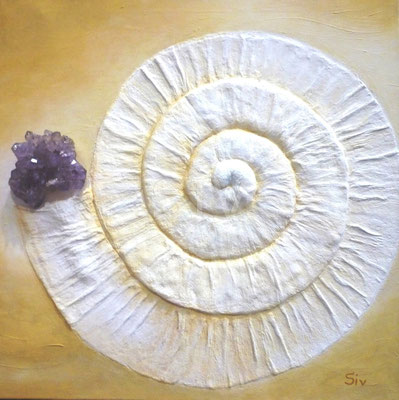 Amethyst-Schnecke, 60x60 cm, Acryl und Amethyst auf Leinwand