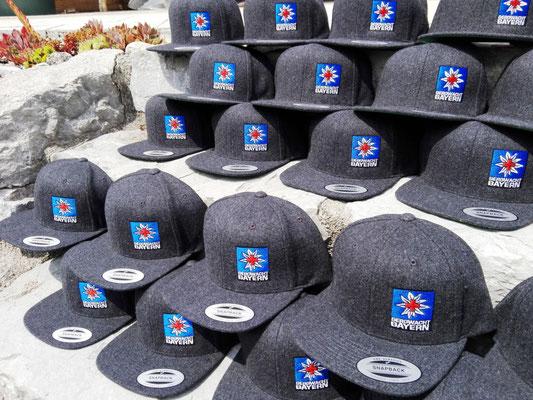 Snapback Cap bestickt Bergwacht
