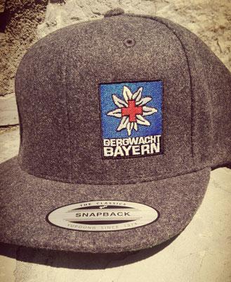 Flexfit Snapback Cap bestickt Bergwacht Bayern