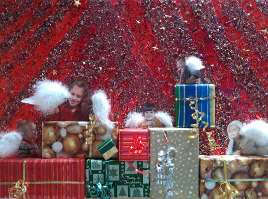 Weihnachten/Noël 2017, 40 x 80, Leinwand/canevas, Mischtechnik mit Collage, CHF 300.00