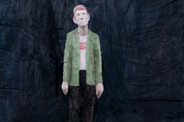 Mann vor dunkler Fläche  I  Pappelholz, bemalt  I  Privatbesitz
