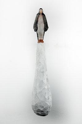 Pinguinmann  I   Lindenholz, bemalt