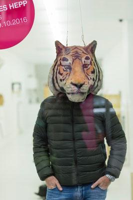 Tigermaske  I  Pappelholz, bemalt  I  Privatbesitz