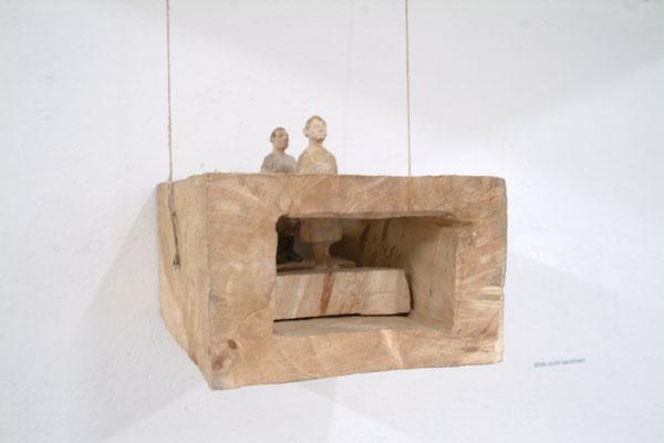 Kiste 4 - Mann und Frau, Pappelholz bemalt, 2011 Privatbesitz