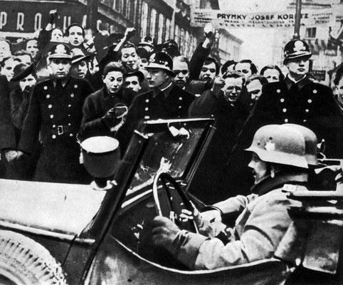 Вступление немецко-фашистских войск в Прагу, Чехословакия. 15 марта 1939 г.