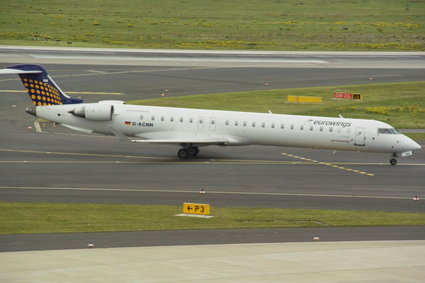 CRJ 900 in Kooperationslackierung in DUS © Andreas U.