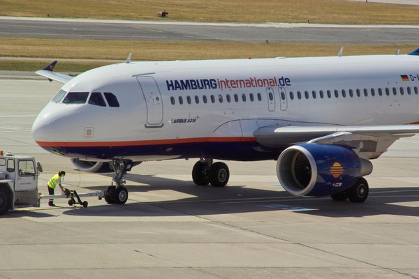 Hamburg Airways © Andreas U.