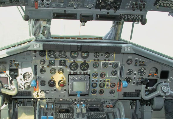 Cockpit einer Transall C-160 © Andreas U.