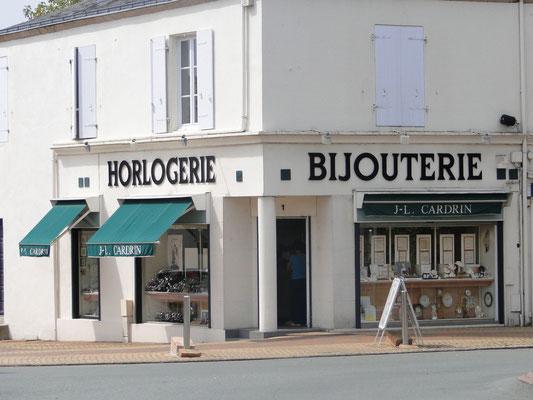 http://www.aizyshop.fr/enseignes/bijouterie-horlogerie-jl-cardrin/