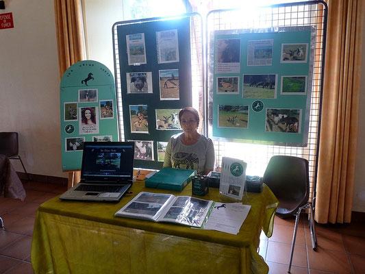 Monique Mahé, trésorière de l'association les Crins Verts