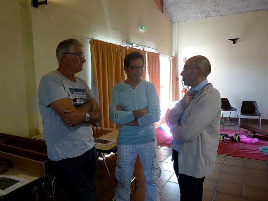 Laurent Pivron, animateur à Jour Part'Agé et des bénévoles sans qui l'installation aurait été très dure!