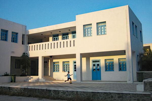 Serifos, Schule in Livadi