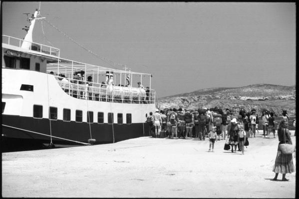 Rucksacktouristen auf Paros