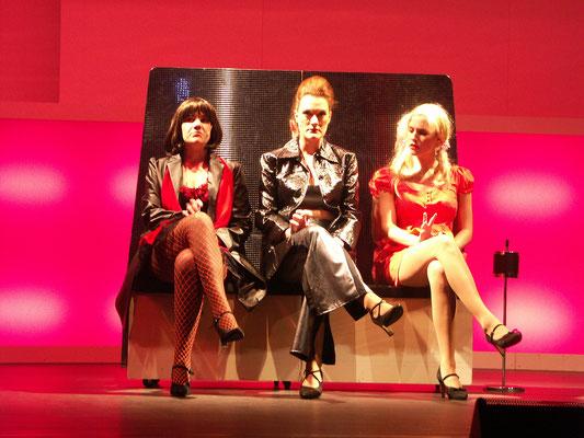v.l. Eva Mende, Jessica Fendler, Julika Wagner-Hohenlobbese