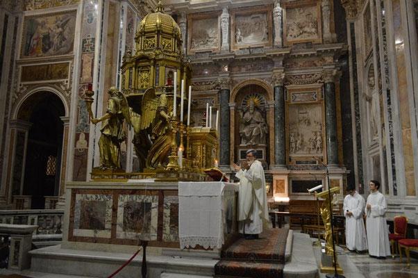 La S. Messa nella Cappella Sistina in Basilica