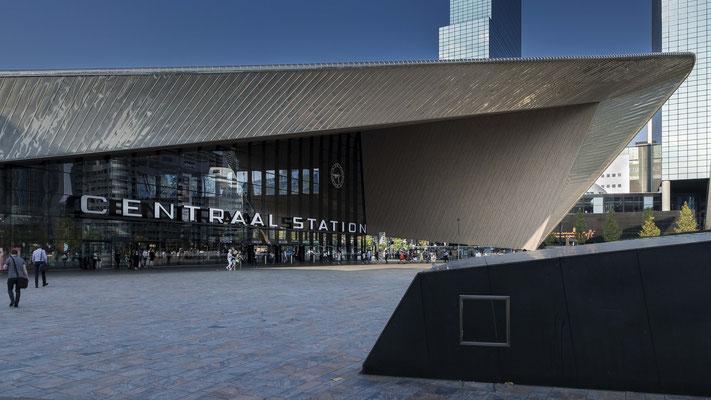 Hauptbahnhof, Rotterdam. In diversen Grössen (min. Foto-Format 46 x 26 cm). Preise: Ab 160 CHF.
