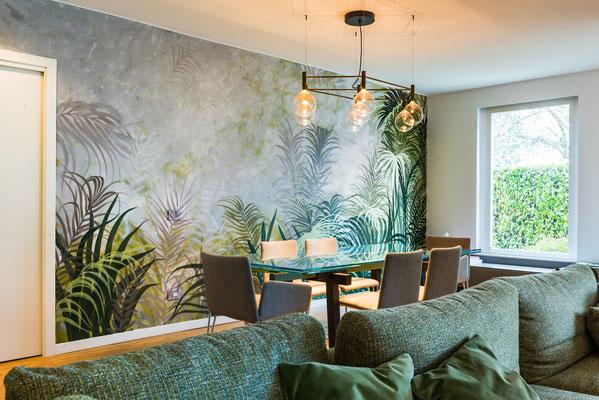 Decorazione di una parete (e prese luce) in casa privata