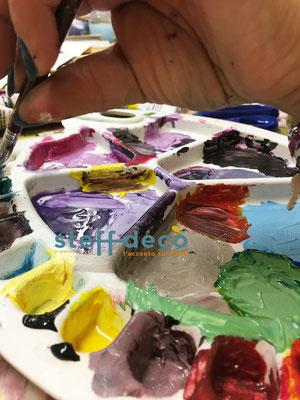Tavolozza colorata, ottenuta durante il corso sulla composizione del colore di Stefania Dal Mas-Steff Decò