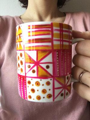decorazione a freddo su ceramica. Lavabile in lavastoviglie
