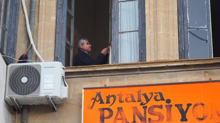 Zypern, Mann in Nicosia