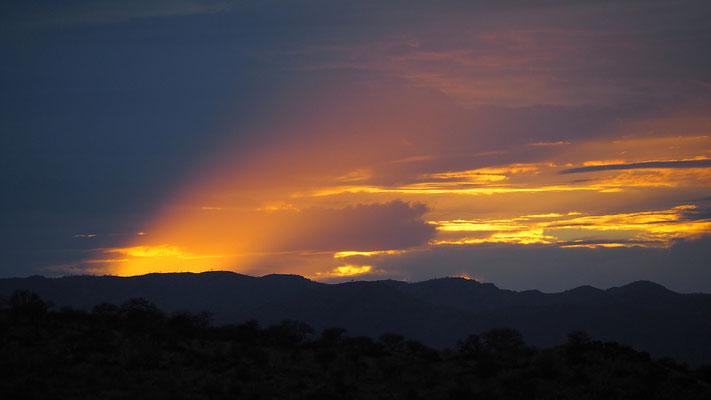 ein letzter Sonnenaufgang in Namibia