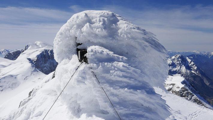 """das """"versteckte"""" Gipfelkreuz"""