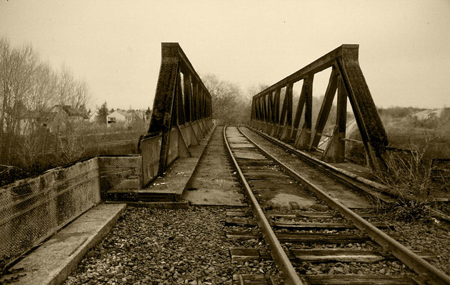 old railroad bridge ( no longer in service ) kranichstein, germany