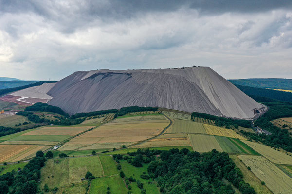 """Monte Kali"", Abraumhalde, Kali-Bergbau, Heringen, Germany"