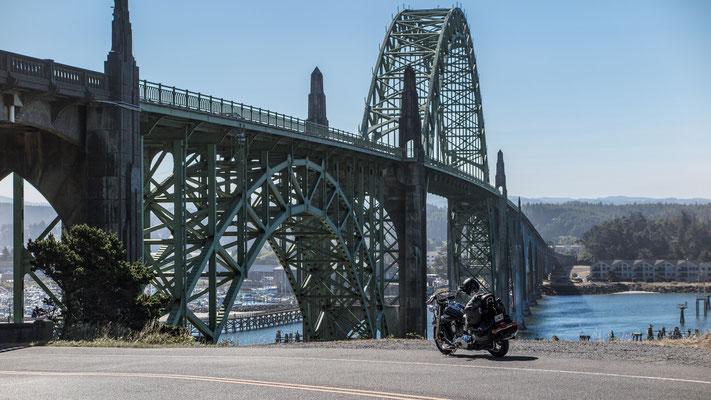 yaquina bay bridge, oregon