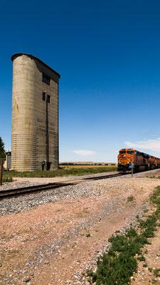 """ hear my train a´comin II´"", near leiter, wyoming"