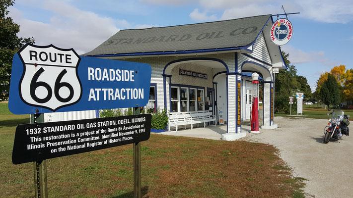 standard oil gas station, odell, illinois