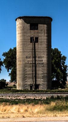 old grain silo, near leiter, wyoming