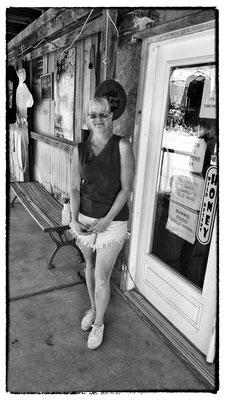 susan, shop assistant, oatman, arizona