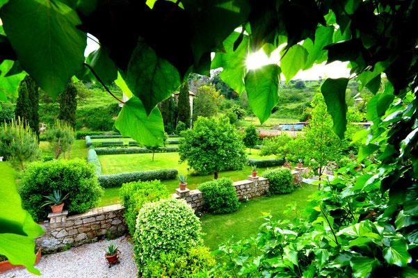 Borgo Boncompagni Ludovisi - gardens