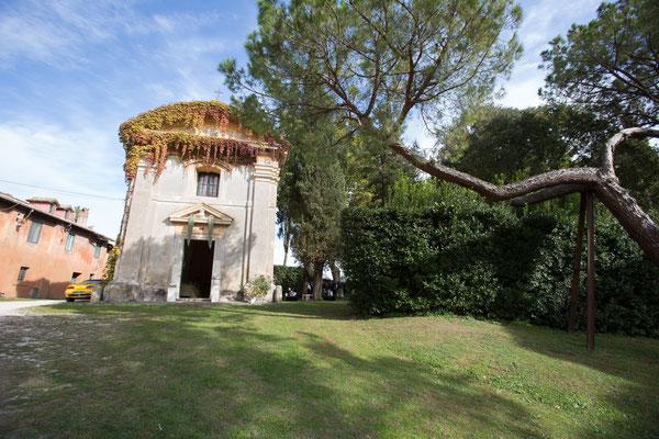 Borgo Boncompagni Ludovisi - piazzale antistante Chiesa