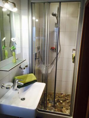 Mit viel Liebe - Bad in Zimmer 3