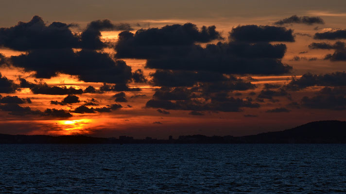 Sundowner Es Carnatge, Palma Bay // Mallorca 2014 // Photo © Jean Peter Feller