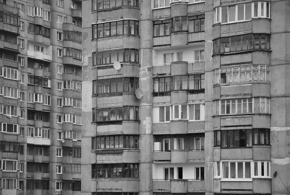 Wohnsilos am Stadtrand von Kaliningrad (dt.: Königsberg) Russland