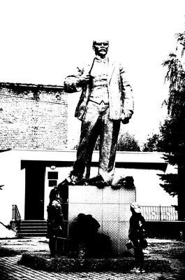 Leninstatue in Prwadinsk (dt.: Friedland) Oblast Kaliningrad (Russland)