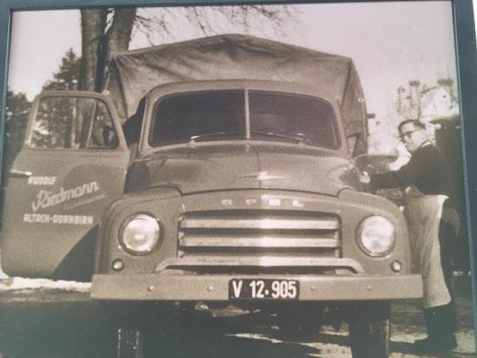 Foto: iG Mitglied Werner / WhatsApp - der Firmen Opel Blitz aus Familienbesitz - Original