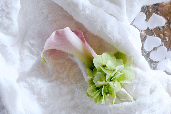 Quelle: tollwasblumenmachen.de - Anstecker Hochzeit